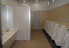 公共施設内男子トイレ