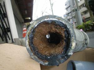 管の孔食による腐蝕状況